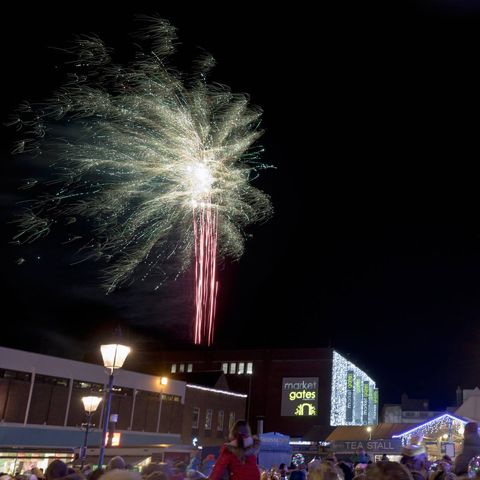 Christmas Lights Switch–on, late night shopping and Fireworks